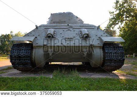 Snegiri Village, Istra District, Moscow Region, June 26, 2020. Medium Tank T 34-85 Under The Trees P