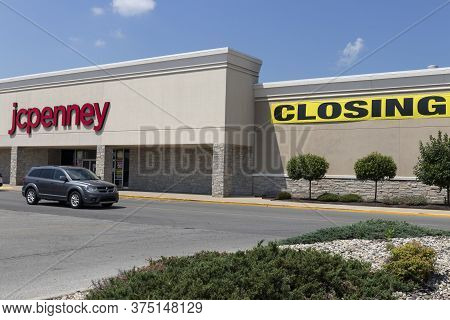 Kokomo - Circa July 2020: J.c. Penney Store. Jcpenney Filed For Bankruptcy Protection And Is Closing