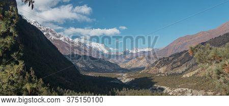 Panorama Of Mountains Trekking Annapurna Circuit, Marshyangdi River Valley