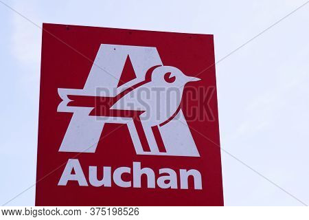 Bordeaux , Aquitaine / France - 07 05 2020 : Auchan Logo Sign Of French Group Of Hypermarket
