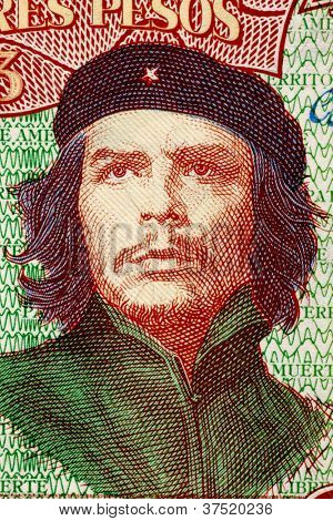 CUBA - CIRCA 1995: Ernesto Che Guevara (1928-1967) on 3 Pesos 1995 Banknote from Cuba. An inspiration for every human being who loves freedom.