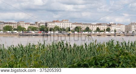 Bordeaux, Gironde / France - 05 26 2019 : View On Garonne River And Riverside In Bordeaux City, Fran