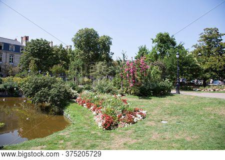 Bordeaux , Aquitaine / France - 11 19 2018 : Garden Summer Lake On Place Gambetta In Bordeaux France
