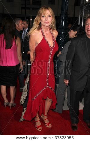 LOS ANGELES - OCT 4:  Laurene Landon arrives at the