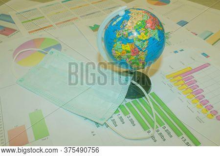 Corona Virus Global Pandemia Threat. Pattern Of Medical Mask And Globe. Pandemia Of Coronavirus Infe