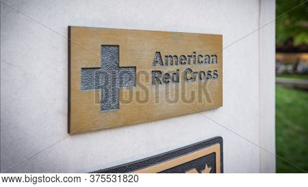 Chicago Il Usa- June 30, 2018- American Red Cross Sign In Stone Wall, Veterans Vietnam Memorial ( Fo