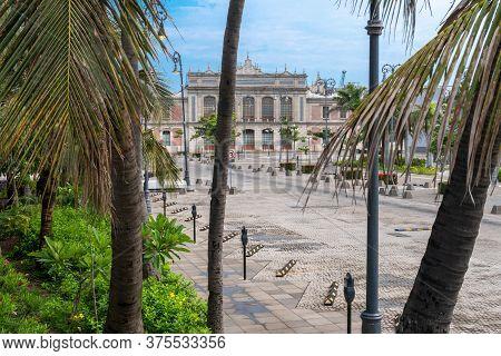 Impressions Of The Historic Train Station In Veracruz, Mexico