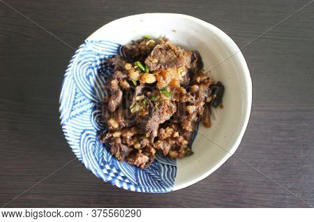 Top View , Stir-fried Beef With Oyster Sauce