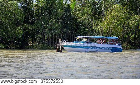 My Tho, Mekong Delta, Vietnam - February 13, 2019: Vietnamese River Tour Boat On The Mekong River Ne