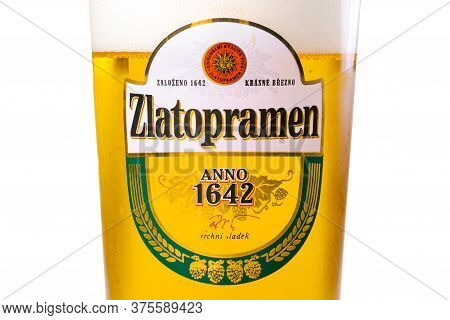 Uzhgorod, Ukraine - Sep 02, 2015: Czech Light Beer. Logo Of A Popular Zlatopramen Brand On A Glass.