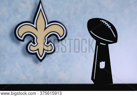 New Orleans Saints Professional American Football Club, Silhouette Of Nfl Trophy, Logo Of The Club I