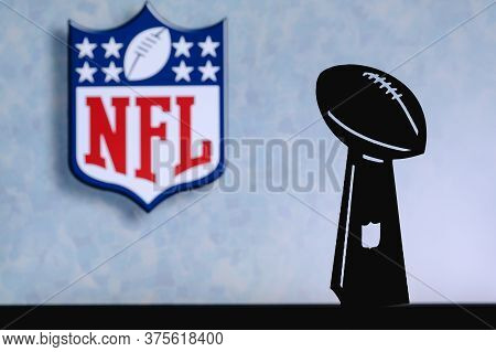 The National Football League Nfl Professional American Football Club, Silhouette Of Nfl Trophy, Logo