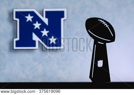 National Football Conference Nfc, Professional American Football Club, Silhouette Of Nfl Trophy, Log