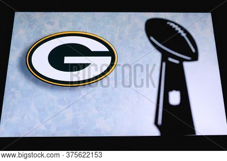 Green Bay Packers Professional American Football Club, Silhouette Of Nfl Trophy, Logo Of The Club In