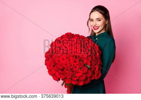 Photo Of Attractive Charming Fancy Lady Red Lips Hold Large Roses Bouquet Boyfriend Birthday Complim