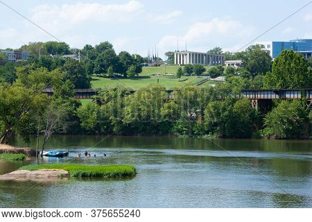 James River And Virginia War Memorial