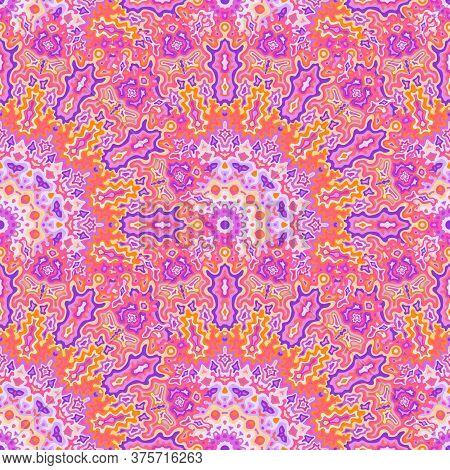 Kaleidoscope Geometric Seamless Pattern. Indian Ethnic Vector Graphic Design. Lace Bohemian Fractal