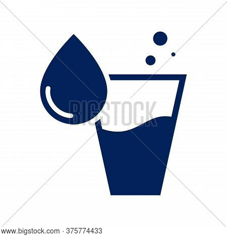 Glass Of Water Glyph Icon Vector On White Background. Flat Vector Glass Of Water Icon Symbol Sign Fr