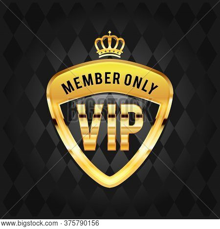 Vector Illustration Vip Club Label On Black Background With Crown In Modern Speech Bubble,vip Logo I