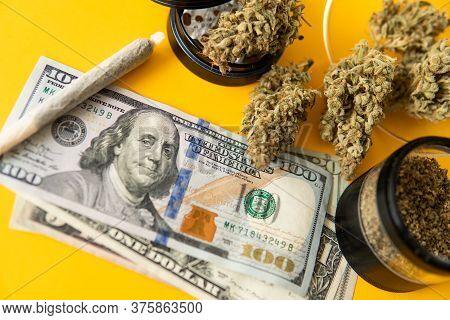 Joint Weed. Marijuana Weed Bud And Grinder. Indica Medical Health. Marijuana Bud And Banknotes Of Do