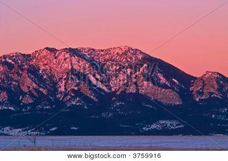 Sunlight Morning Light On Boulder\'S Flatiron Mountains