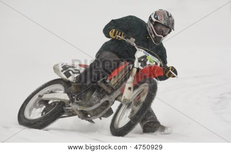 Ice Racing On Motocross Bikes