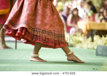 Hula Dancer Feet