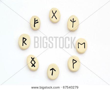 Nordic Runes - Circle Shape