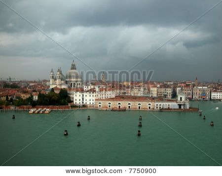 Venecian city and waterways