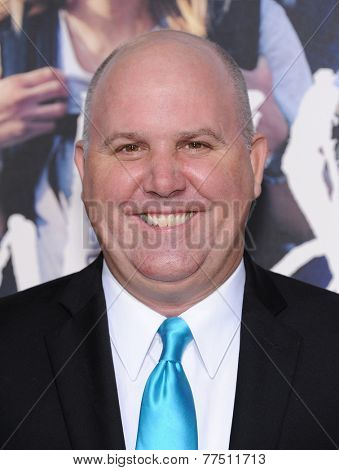 LOS ANGELES - NOV 19:  James Dumont arrives to the