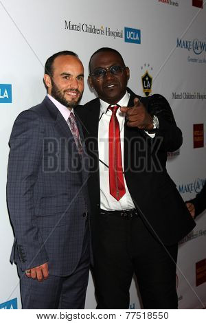 LOS ANGELES - DEC 3:  Landon Donovan, Randy Jackson at the Make-A-Wish Foundation at the Beverly Wilshire Hotel on December 3, 2014 in Beverly Hills, CA