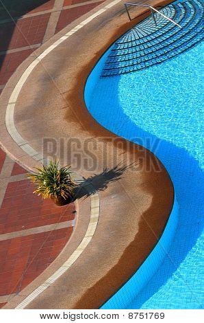 Pool Curve