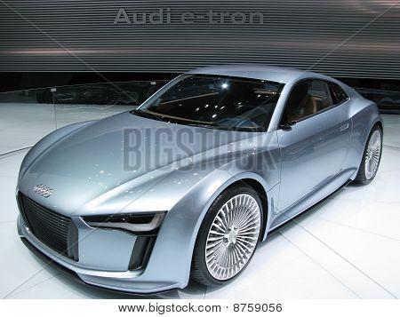 2010 Audi e-tron Electric Concept Car