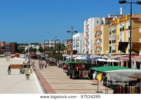 Barbate beach and promenade.