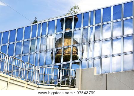 Reflection Pipe Shpitelau Incinerator In Vienna