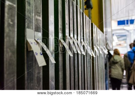 Screen Printing Shop Screens Shablones Indoors Industry