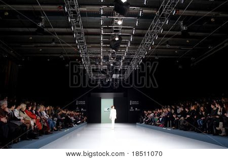 VALENCIA, SPAIN - FEBRUARY 3:  A model on the catwalk wears a Siglo Cero design for the Valencia Fashion Week on February 3, 2010 in Valencia, Spain.