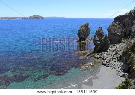 newfoundland skerwink trail, rocks in the sea