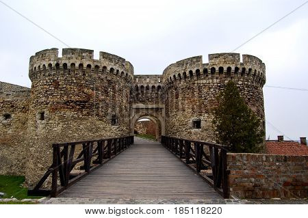 21 may 2009-belgrado-serbia- entry of the ancient castle in the city of belgrade in serbia