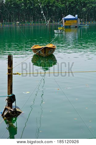 An old boat abandoned in the Water Lake , an expression of silent grief