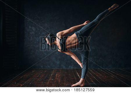 Body flexibility, contemp dancing in dance class
