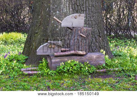 wooden creatures in the botanical garden in saint-petersburg