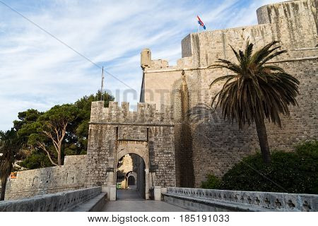 The main entrance into the old town from the east Ploce Gate like Pile Gate is a 15th-century stone bridge with a wooden drawbridge and a stone arch bearing a statue of St Blaise.