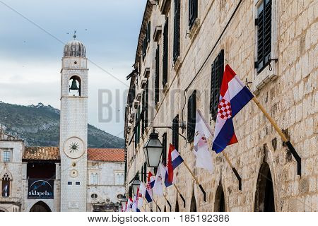The old town is traversed by the main pedestrian promenade The Stradun or Placa paved with glistening white the old town. Limestone constructed open-air cafes and small boutiques line both sides of the main thoroughfare which links both gates to the old t
