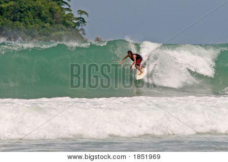 Surfing Clean Waves
