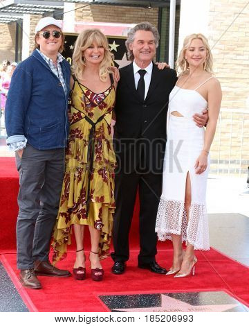 LOS ANGELES - MAY 4:  Boston Hudson, Goldie Hawn, Kurt Russell, Kate Hudson at the Kurt Russell and Goldie Hawn Star Ceremony on the Hollywood Walk of Fame on May 4, 2017 in Los Angeles, CA