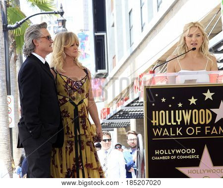 LOS ANGELES - MAY 4:  Kurt Russell, Goldie Hawn, Kate Hudson at the Kurt Russell and Goldie Hawn Star Ceremony on the Hollywood Walk of Fame on May 4, 2017 in Los Angeles, CA