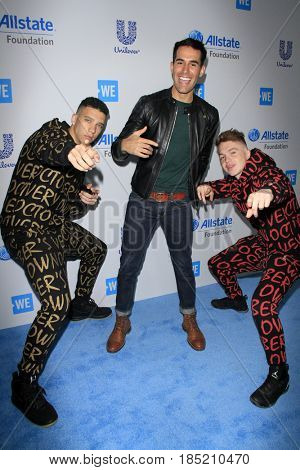 LOS ANGELES - APR 27:  Elliot Crawford, Daniel Fernandez, Joe Weller at the We Day California 2017 at The Forum on April 27, 2017 in Inglewood, CA