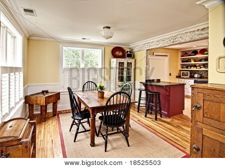 beautiful diningroom in eclectic style