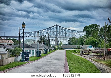 new orleans louisiana city skyline and street scenes